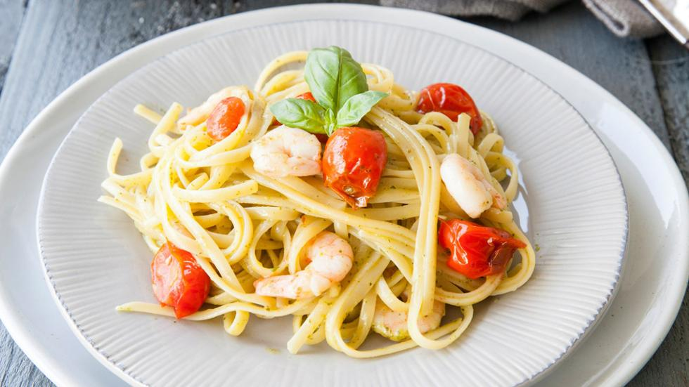 linguine pasta with prawns friday magazine
