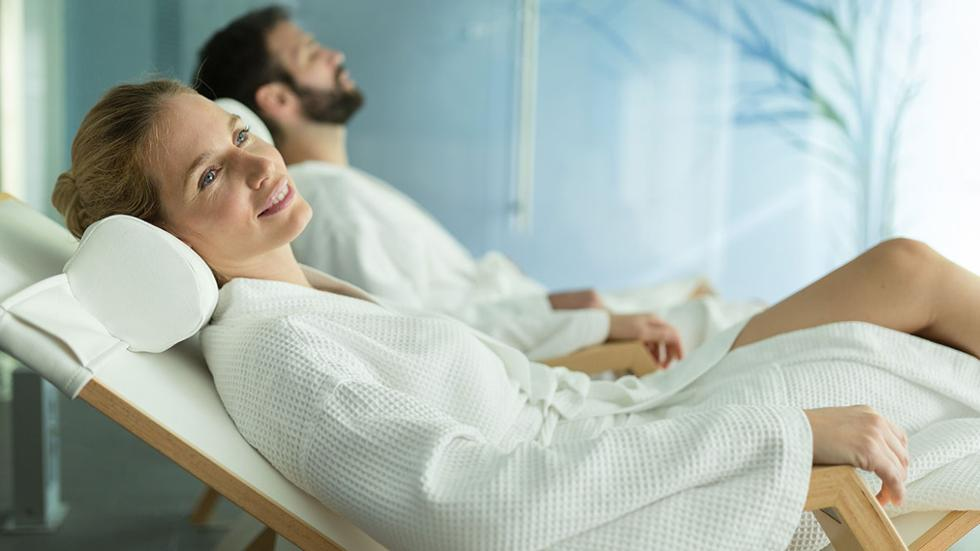 20 amazing couples 39 spa treatments for valentine s friday magazine. Black Bedroom Furniture Sets. Home Design Ideas