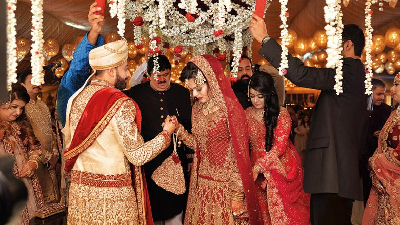 Marriage Made In Dubais Bollywood Parks
